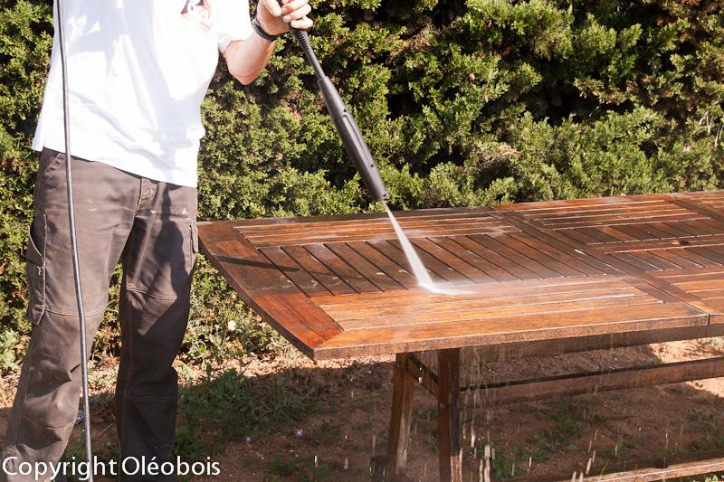 Rénover et nettoyer votre mobilier de jardin  Blog protection bois